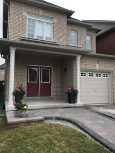 Detached Home for Rent in Newmarket