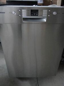 ss dishwasher bosh like new   buy or sell a dishwasher in kitchener   waterloo   home appliances      rh   kijiji ca