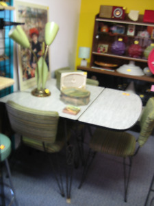 kitchen table wrought iron  u0026 arborite green  u0026 4 chairs arborite kitchen table   kijiji in ontario    buy sell  u0026 save      rh   kijiji ca