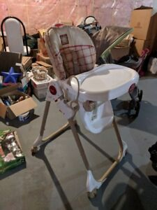Fisher-Price Healthy Care High Chair & Fisher Price High Chair | Buy or Sell Feeding u0026 High Chairs in ...