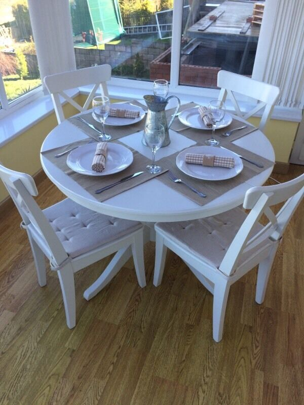 IKEA Ingatorp Extendable White Round Dining Room Table And 4 Chairs