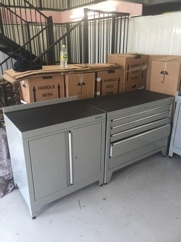 Attrayant Dura Fitted Workshop Garage Cabinets/units