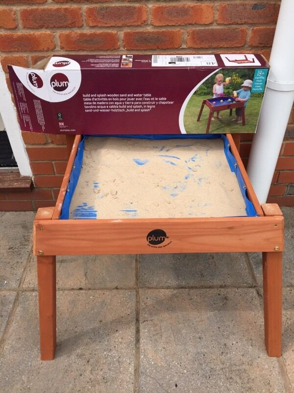 Plum Sand And Water Table   As New!