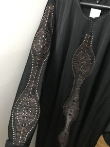 Arabic dress/abayas for Ummrah and ziyarah