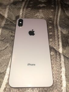 LNIB 64gig IPhone XS Max with AppleCare+ till 2020