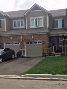 Townhouse for lease/ rent 3bdr. in Waterdown/ Hamilton