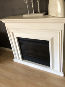 Muskoka electric fireplace in mint condition!
