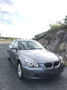 2010 BMW 528i All wheel drive Sedan Certified