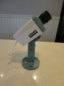 Realistic Looking Motion Activated Security Camera - Uses 2 AA's Kitchener / Waterloo Kitchener Area image 3