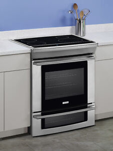 "Cuisiniere 30"" Electrolux Induction NEUF / Slide In Range NEW"
