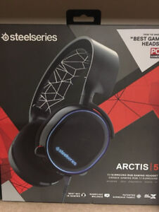 Steel Series Arctis 5 Premium Headphones