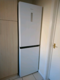 Fridge freezer Hisense rb411n4bw1