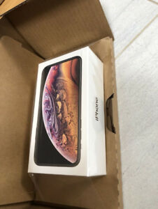BLACK IPHONE XS 64gb - new in box - BUY OR TRADE