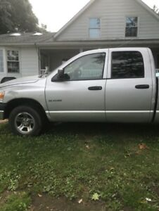 2008 Dodge Ram 1500 Pickup Truck - 4x4 Quad Cab