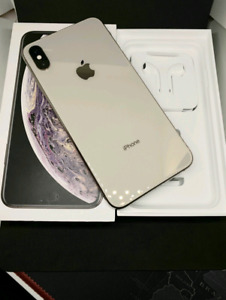 Factory Unlocked Silver iPhone XS Max 64GB With Warranty + Case
