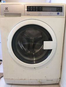 "Apartment Sized Washer 24""  -  Free Dryer"