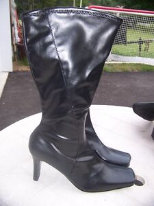 Jessica Black Boots Brand New Zip Up
