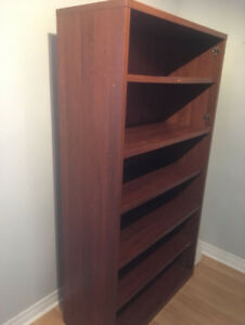 BOOK Shelve - Solid Shelving Unit - Great Condition !