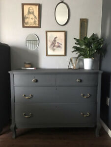 LOVELY Refinished ANTIQUE BOWFRONT DRESSER - Must See