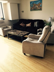 Looking for a new tenant (May 2017), Sandy Hill (UOttawa)