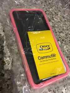 BRAND NEW IPHONE 7 PLUS OTTER BOX