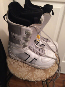 Snowboard boots for sale! Size 9.5