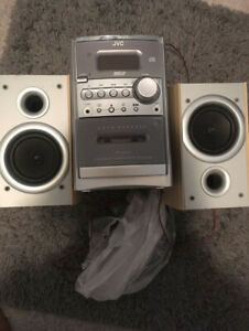 JVC stereo cassette and CD player with speakers
