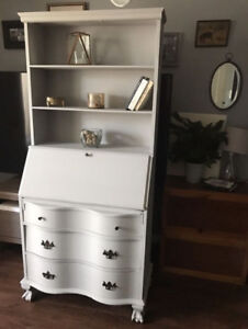 Antique Secretary Desk/Hutch - Refinished - MUST SEE