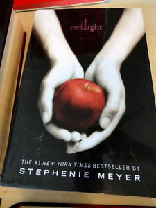 Stephanie Meyer 4 Book Set Twilight Saga Hardcover -Perfect Cond Kitchener / Waterloo Kitchener Area image 5