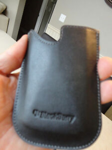 Blackberry Bold 9780 Home Charger, Memory, Sim, Wipes, Case NEW Kitchener / Waterloo Kitchener Area image 5