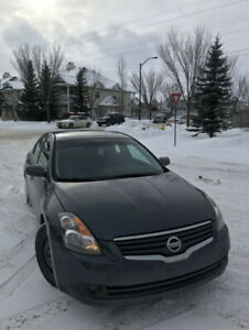 Nissan Altima 2.5S Mint Condition!