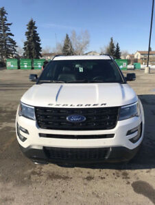 2017 Ford Explorer Sport - Mint Condition, Low KM's