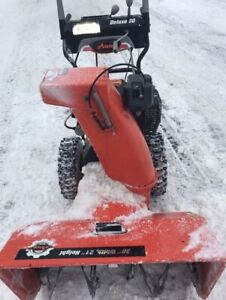 Ariens Deluxe 30 inch snow blower