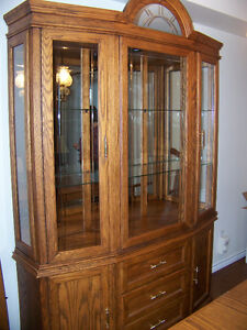 DINING TABLE AND CHINA CABINET Windsor Region Ontario image 2