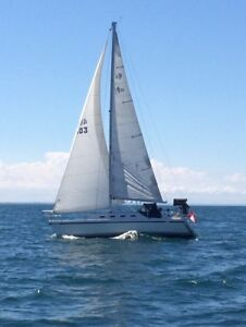 1986 CS 30 Sailboat- very nice condition