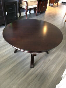 Bombay Coffee Table and Matching End Table