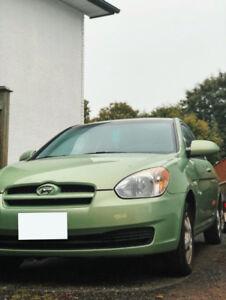 2009 Hyundai Accent Hatchback **CHEAP ON GAS**