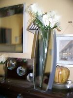 WALL GLASS MIRROR  WITH TALL DECORATIVE VASE & MATCHING PIECES