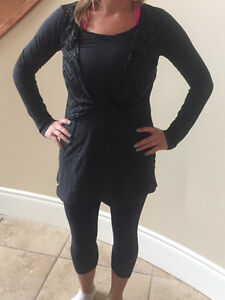 Ladies Lole Tunic Shirt - Size Small