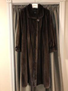 Manteau long fourrure vison qualité supérieure