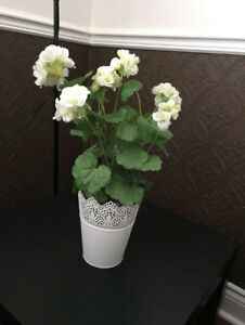 Artificial potted flower with removable pot