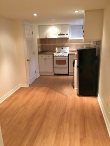 1 bedroom basement suite 900$ walking distance to UBC