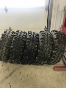 Super swamper mud tires 33x13.5 with 15 rim size