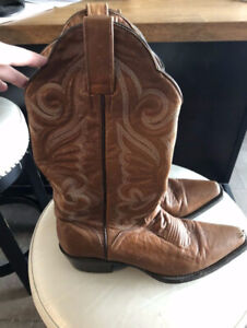 435f3ee167f Womens Cowboy Boots | Buy New & Used Goods Near You! Find Everything ...