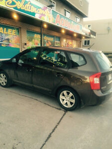 2009 Kia Rondo Brown VUS