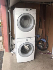 """2016 Amana White Front Load 27"""" Washer Dryer CAN DELIVER"""