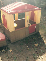 Little play house