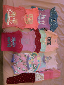 Girl's clothes size 6-12 months great condition.
