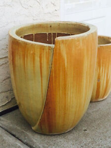 Lovely Solid Ceramic Pots Strathcona County Edmonton Area image 1