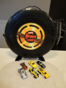 """Vintage Hot Wheels """"The Hot Ones"""" Tire carrying Case w/Some Cars Kitchener / Waterloo Kitchener Area image 3"""